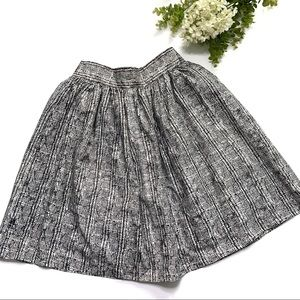 Trove Black and White A line Skirt